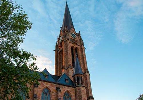 Deutsch und Fremdsprachen lernen in Kaiserslautern
